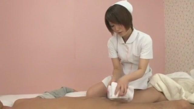 陰毛がボーボーのナースにマン毛素股をしてもらう入院患者 瀬奈涼