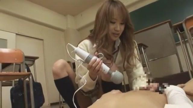 クラスのヲタに日常的に性的イジメをしてるギャル女子校生 ☆LUNA☆