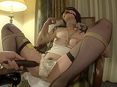 Hottest Japanese girl in Incredible BDSM, Cougar JAV clip