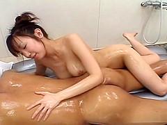 Ai Yumemi – more than promising hand job and big tits massage