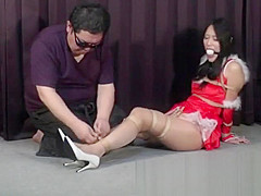 Namie Hatanaka – Hogtied on Christmas Night