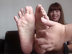 Val's Feet Gets Tickled.