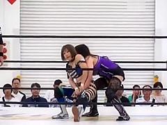Sumire vs Mika Japanese Women Wrestling catfight