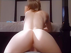 Cute Teen Bouncing Her Sexy Ass On A Big Ball