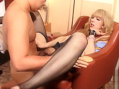 Japanese newhalf getting her butthole drilled