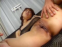Ryo Hirase Asian milf spreads her legs