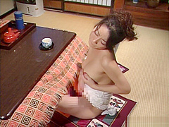 Steaming hot solo session with a Japanese amateur babe