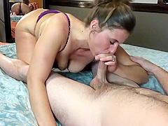 Sexaholic wife gives great head and swallows