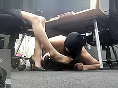 foot femdom [lick goddess soles]