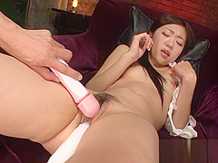 Asian pink pussy lips spread