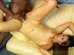 Asian babe gets shaved pussy licked part2