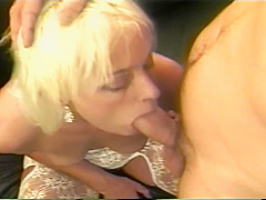 Gorgeous Brittany Loves To Suck On Large Cock