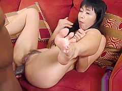 Japanese babe sucks bbc