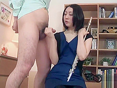 Nerdy, innocent Japanese girl gives hot footjob