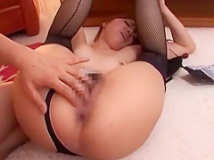 Eating out japanese babe's pussy